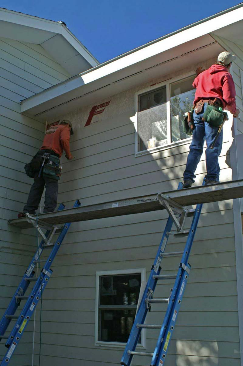 "6 Mistakes ""Craigslist"" Contractors Make With Siding Installation In Bronxville."